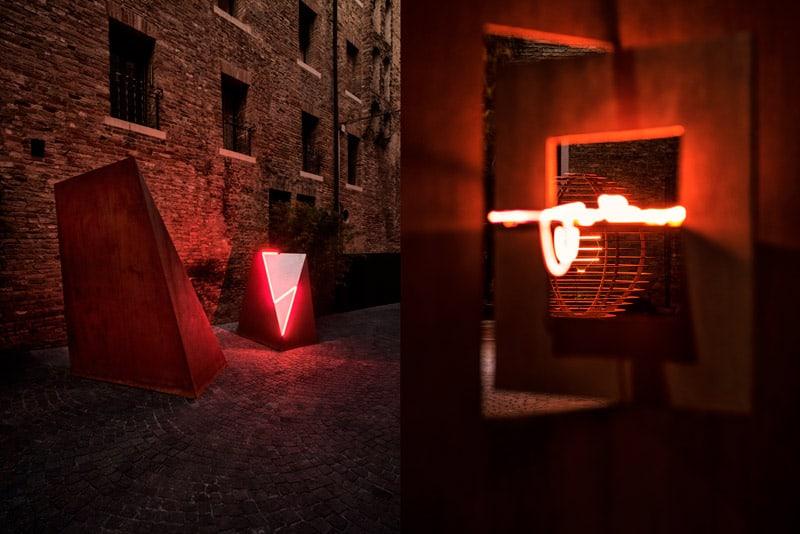 Toni Benetton + Neonlauro at Lazzari Space - art exhibition